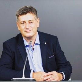 """El portavoz de Cs en la Diputación de Valencia abandona el partido por haberse convertido en """"marca blanca"""" del PP"""