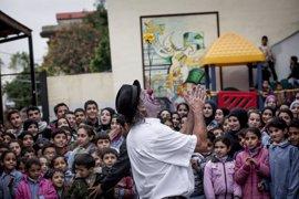 Payasos Sin Fronteras y la UAB colaborarán para reducir el estrés postraumático de niños refugiados