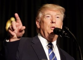 """Trump: """"Se está diseñando el muro con México ahora mismo, yo no bromeo"""""""