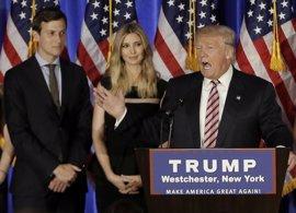 Trump critica a una cadena de tiendas por retirar la línea de ropa de su hija Ivanka