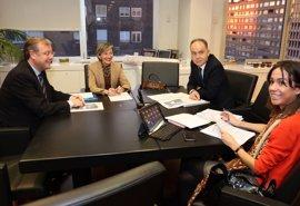 Silván se reúne con ADIF para garantizar la integración del AVE en León y la llegada de la FEVE a Matallana