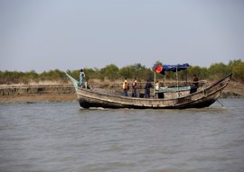 HRW pide a Bangladesh que detenga su plan de enviar a miles de rohingya a una isla