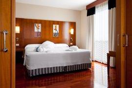 Hispania compra el hotel NH Málaga por 41 millones