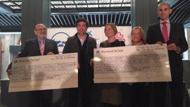Pepe Rodríguez cede 6.000 euros de la Caixa a Cáritas Illescas y el Banco de Alimentos
