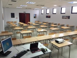 CSIF afirma que la Junta no convocará oposiciones de maestros este año por la falta de PGE