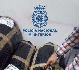 La Policía Nacional detiene en Jaén a cuatro personas y se incauta de más de 500 kilos de tabaco de contrabando