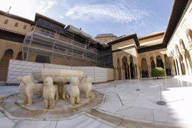 La Alhambra abordará la restauración integral del Patio de los Leones