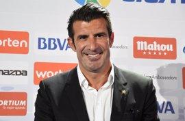 """Figo se marchó al Real Madrid por no sentirse """"cien por cien reconocido"""" en el Barça"""