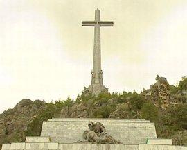 """La Asociación Para la Defensa del Valle de los Caídos asegura que es """"el único lugar"""" que """"dignifica"""" a ambos bandos"""