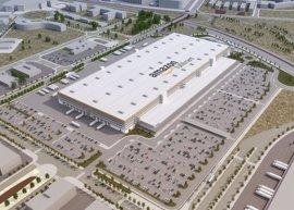 Amazon empezará a distribuir paquetes desde el centro logístico de El Prat el 4 de octubre