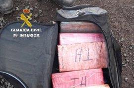 Intervenidos 23 kilos de cocaína en una bolsa oculta en una partida de chatarra en Los Barrios