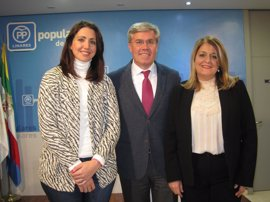 El PP respalda a Ángeles Isac en su renuncia del Congreso para centrarse en ser la próxima alcaldesa de Linares (Jaén)