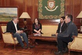 Elizalde y Asiron abordan el proyecto de reorganización de la administración local