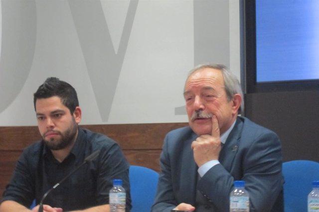 El Alcalde de Oviedo, Wenceslao López, y el edild e Economía, Rubén Rosón.