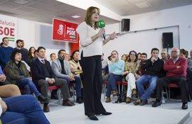 Susana Díaz mide su fuerza rodeada de alcaldes del PSOE en un acto en Madrid