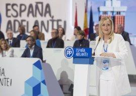 Cifuentes 'cuela' a sus dos hombres fuertes como vocales en el nuevo Comité Ejecutivo Nacional de Rajoy