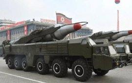 El Ejército surcoreano revisa al alza el alcance del misil disparado hoy por Corea del Norte