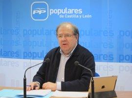 """Herrera dice que hay Rajoy """"para rato"""" y no se pronuncia sobre el ascenso de Maillo"""