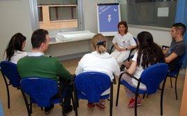 El Hospital Talavera pone en marcha una 'Escuela de padres'