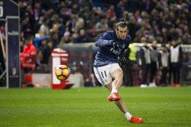 Bale ya entrena con el grupo
