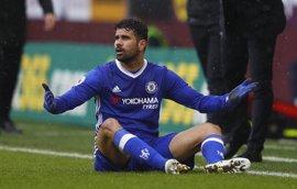 El Chelsea tropieza en el fortín del Burnley y el Leicester bordea el descenso