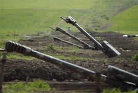 Azerbaiyán confirma la muerte de uno de sus soldados en enfrentamientos con Armenia en Nagorno-Karabaj