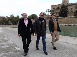 Bauzá presenta al exconseller Cortés y al ingeniero agrónomo Caballero como apoyos a su candidatura