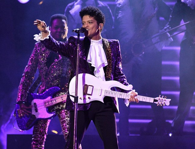 Feb 12, 2017; Los Angeles, CA, USA; Bruno Mars performs during a Prince tribute
