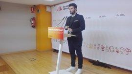 """Gabriel Rufián ironiza con la ley de pluralidad lingüística del PSOE y critica su """"miopía política"""""""