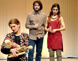 El Maldà explora la sombra del desequilibrio entre primer y tercer mundo en una obra