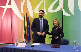 Diputación y Junta acuerdan inversiones para promocionar Cádiz como destino turístico
