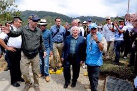 El presidente irlandés visita las zonas de concentración de las FARC