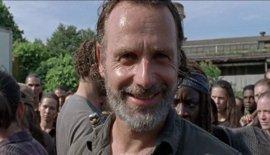 The Walking Dead: ¿Por qué sonríe Rick al final del 7x09: Rock in the road?