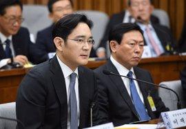 Un fiscal pedirá una orden para arrestar al vicepresidente de Samsung