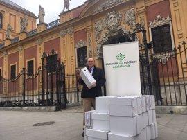 Escuelas Católicas entrega a la Junta más de 350.000 firmas en defensa de la concertada