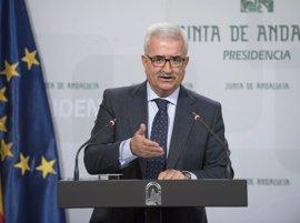 """La Junta urge al Ministerio a acabar con la """"discriminación"""" en las becas a alumnos andaluces de FP"""