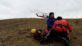 Evacuado en helicóptero un senderista accidentado en el alto del Toral