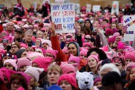 Las mujeres de EEUU son más activas políticamente desde que Trump ocupa la Casa Blanca