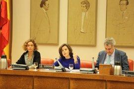 El Gobierno celebra la última decisión del TC sobre Cataluña y ofrece diálogo más allá de la Generalitat