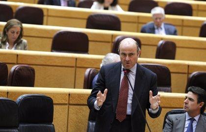 Guindos explica hoy en el Senado las líneas de su departamento y la privatización de Bankia
