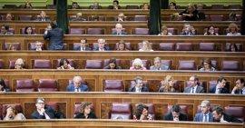 """Podemos denuncia """"malas formas"""" de diputados de PP en el Congreso y avisa: """"No nos vamos a amilanar"""""""