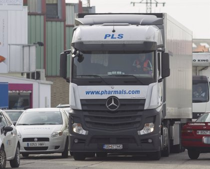 """Los camioneros prevén """"notables pérdidas"""" por la huelga en los puertos"""
