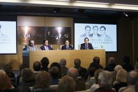 'El Litri', Dávila Miura y Ricardo Gallardo buscan vínculos entre los valores del toro y la empresa en Fundación Cajasol
