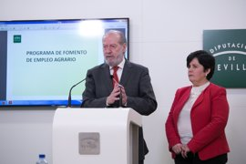 """Villalobos teme que el Estado """"haga novillos"""" de nuevo en el PFEA"""
