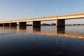 La ONU alerta de una inundación catastrófica si se rompe la presa siria de Tabqa
