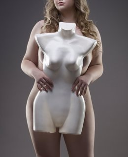 Young beautiful blonde naked plus size model with dummy, xxl nud