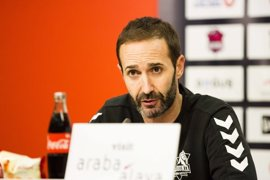 """Sito Alonso: """"Bargnani no está consiguiendo jugar a un nivel alto y él mismo lo sabe"""""""