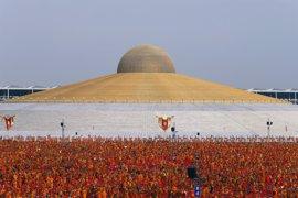 La junta militar se hace con el control de un importante templo budista