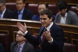 Rivera pide que el fiscal explique al Congreso si hubo injerencia para no investigar a presidentes autonómicos del PP