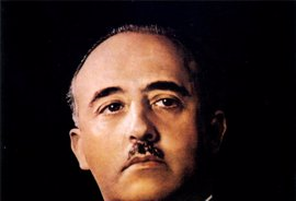 El Congreso pide al Gobierno que investigue a la Fundación Franco por alentar el incumplimiento de la Ley de Memoria